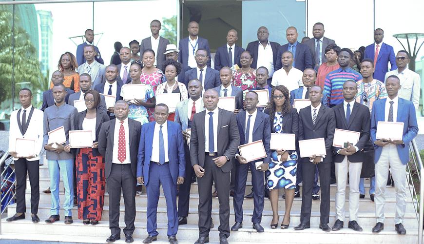 Formation : 17 étudiants finalistes du centre Yekolab honorés