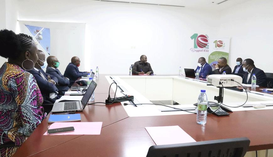 ARPCE : Rencontre entre le Directeur Général et le bureau syndical de l'institution