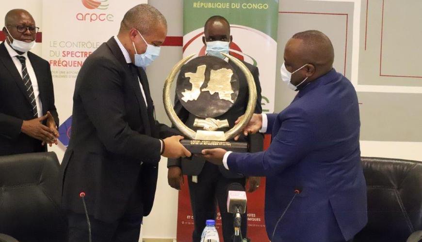 Télécommunications : les Autorités de Régulation de la RDC et du Congo concrétisent leur accord de coordination des fréquences aux frontières